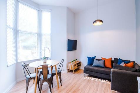 St Hilds Lane, Durham, DH1. 8 bedroom flat