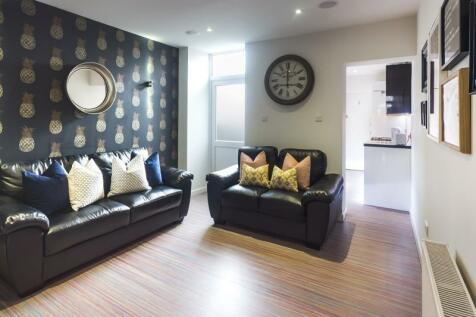 Carlton Road, Stoke, ST4. 4 bedroom terraced house