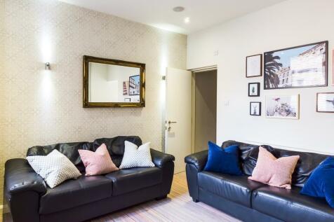 Beresford Street, Stoke, ST4. 4 bedroom terraced house