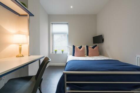 Ashford Street, Stoke, ST4. 5 bedroom terraced house
