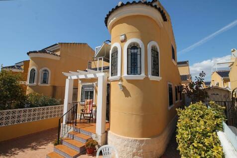 La Marina, Alicante, Valencia. 3 bedroom detached villa for sale