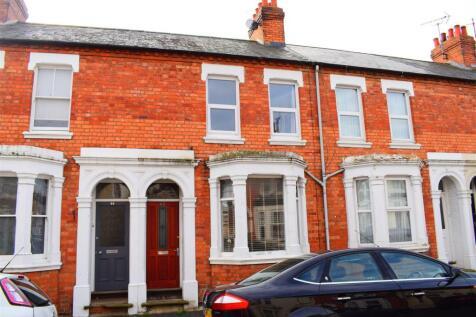 Ashburnham Road, Northampton. 3 bedroom terraced house for sale