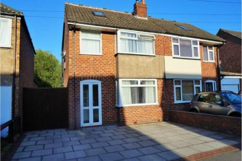 MARIANS DRIVE, ORMSKIRK,. 5 bedroom house