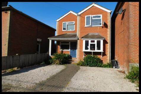 Fishers Road, Eling, SO40. 4 bedroom detached house