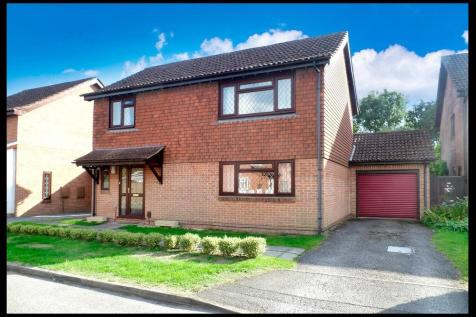 Roundhouse Drive, West Totton, SO40. 4 bedroom detached house