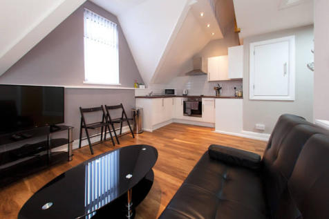 Ferry Road, Cardiff, Cardiff (County of), CF11. 1 bedroom apartment