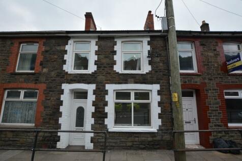 Pentwyn Avenue, Mountain Ash, South Glamorgan, Rhondda Cynon Taff, CF45. 3 bedroom terraced house