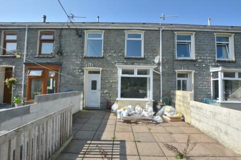Mountain Ash, South Glamorgan, Rhondda Cynon Taff, CF45. 3 bedroom terraced house