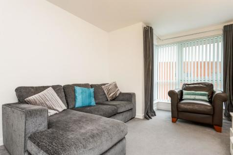 The Roundhouse, Gunwharf Quays. 2 bedroom apartment