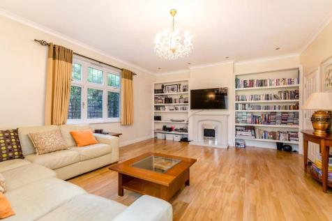Elwill Way, Park Langley, Beckenham, BR3. 7 bedroom detached house for sale