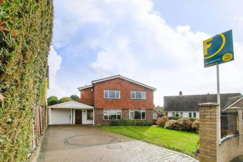 Oldfield Close, Bickley, Bromley, BR1. 4 bedroom house