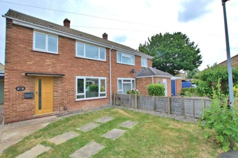 Church End. 4 bedroom semi-detached house