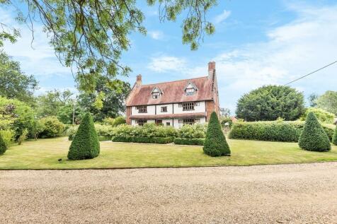 Wramplingham. 6 bedroom detached house for sale