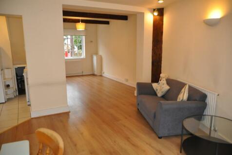 Wellington Terrace, Harrow On The Hill, HA1 3EP. 2 bedroom cottage