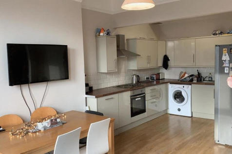Cardigan Road, Leeds. 1 bedroom house share