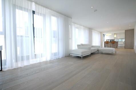 Bull Inn Court, Maiden Lane, Covent Garden, WC2R 0NP. 2 bedroom apartment for sale