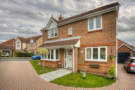 Millers Close, Bishop's Stortford, Hertfordshire, CM23. 5 bedroom detached house for sale