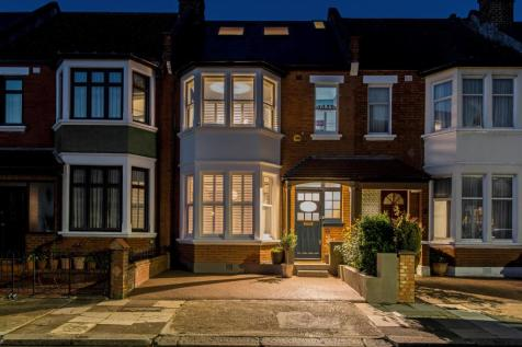 Holland Road, London, NW10.. 4 bedroom terraced house for sale