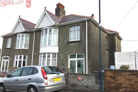 Brohedydd, Wellington Street, Aberaeron, SA45 0BG, Mid Wales - Semi-Detached / 3 bedroom semi-detached house for sale / £185,000