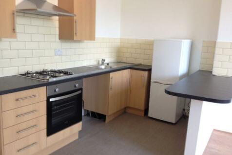 6 Lancaster Avenue. 1 bedroom flat