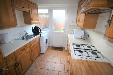 Lyall Place, Farnham. 4 bedroom terraced house