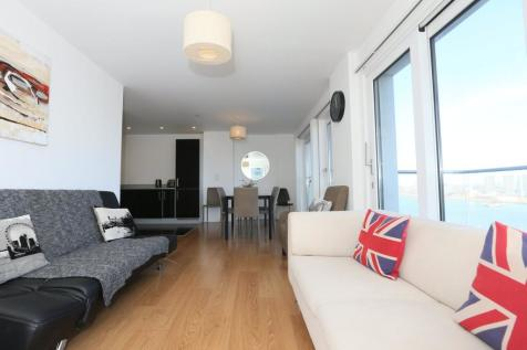 Barge Walk, London, SE10. 3 bedroom apartment