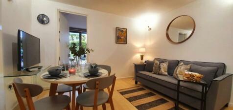 West Parkside, Greenwich, London, SE10. 1 bedroom house share