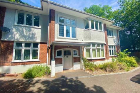 Westbourne. 2 bedroom apartment