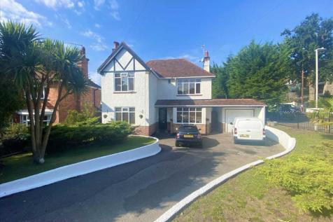 Lower Parkstone. 3 bedroom detached house