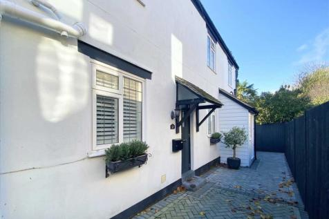 Westbourne. 2 bedroom semi-detached house for sale