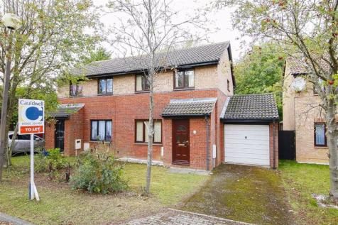 Brayton Court, Shenley Lodge, Milton Keynes. 3 bedroom semi-detached house