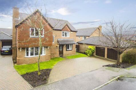 Cottage Common, Loughton, Milton Keynes. 4 bedroom detached house