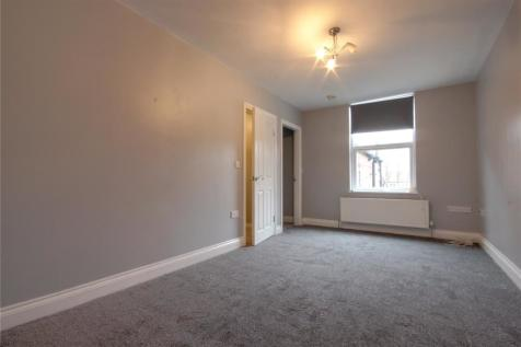 Normanby Road, Normanby. 2 bedroom flat
