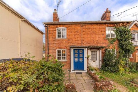 The Grove, London Road, Hartley Wintney. 2 bedroom semi-detached house for sale