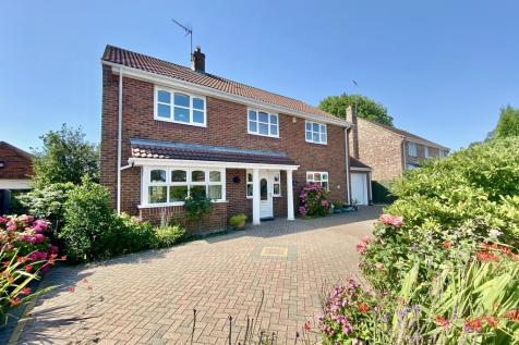 Chantry Meadows, Kilham. 4 bedroom detached house