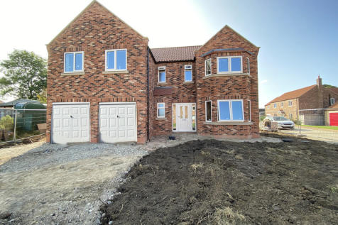 Simpsons Place, Cranswick. 4 bedroom detached house for sale