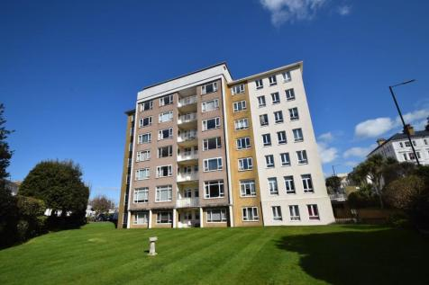 West Town Centre. 2 bedroom flat