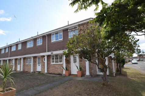 Langney Point. 3 bedroom end of terrace house
