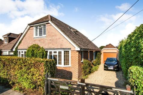 Lawn Road, Pennington, Lymington, Hampshire, SO41. 4 bedroom detached house for sale