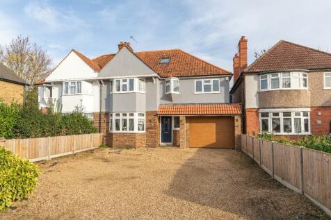Hersham Road, Walton-On-Thames, Surrey, KT12. 5 bedroom semi-detached house for sale