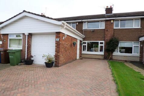 Glenmoor Road, Offerton, Stockport, SK1. 3 bedroom mews house