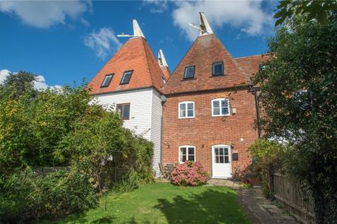 Hoppers Oast, Hatch Lane, Chartham Hatch, CT4. 4 bedroom terraced house