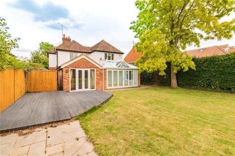 Reading Road, Winnersh, Wokingham. 4 bedroom detached house for sale