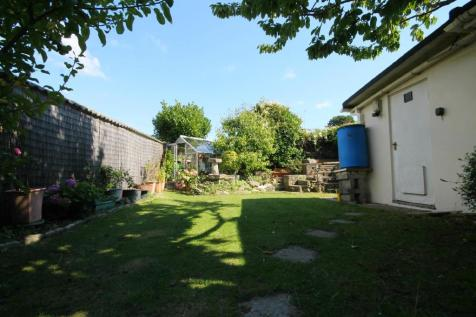 Greenfield Road, Poole. 2 bedroom detached bungalow