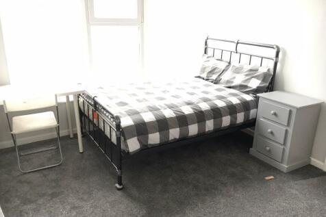 Park Street, Luton, Bedfordshire, LU1. 1 bedroom house of multiple occupation