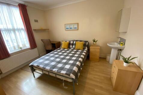 Hibbert Street, Luton, Bedfordshire, LU1. 1 bedroom house share