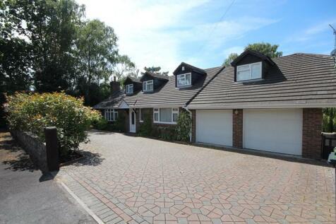 Hill Way, Ashley Heath, Ringwood, Hampshire, BH24. 5 bedroom bungalow