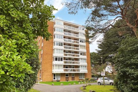 Marchwood, 8 Manor Road, Bournemouth, Dorset, BH1. 3 bedroom apartment