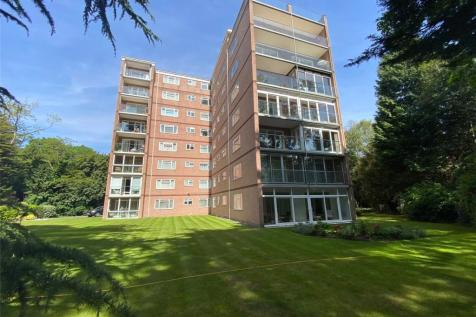 Western Road, Branksome Park, Poole, Dorset, BH13. 3 bedroom penthouse