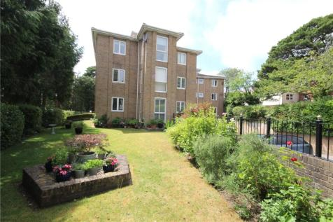 Haven Road, Canford Cliffs, Poole, Dorset, BH13. 2 bedroom apartment